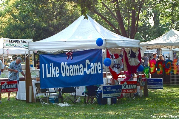 I Like Obamacare Democrat signs