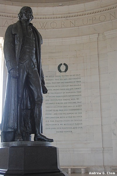 Statue at Jefferson Memorial